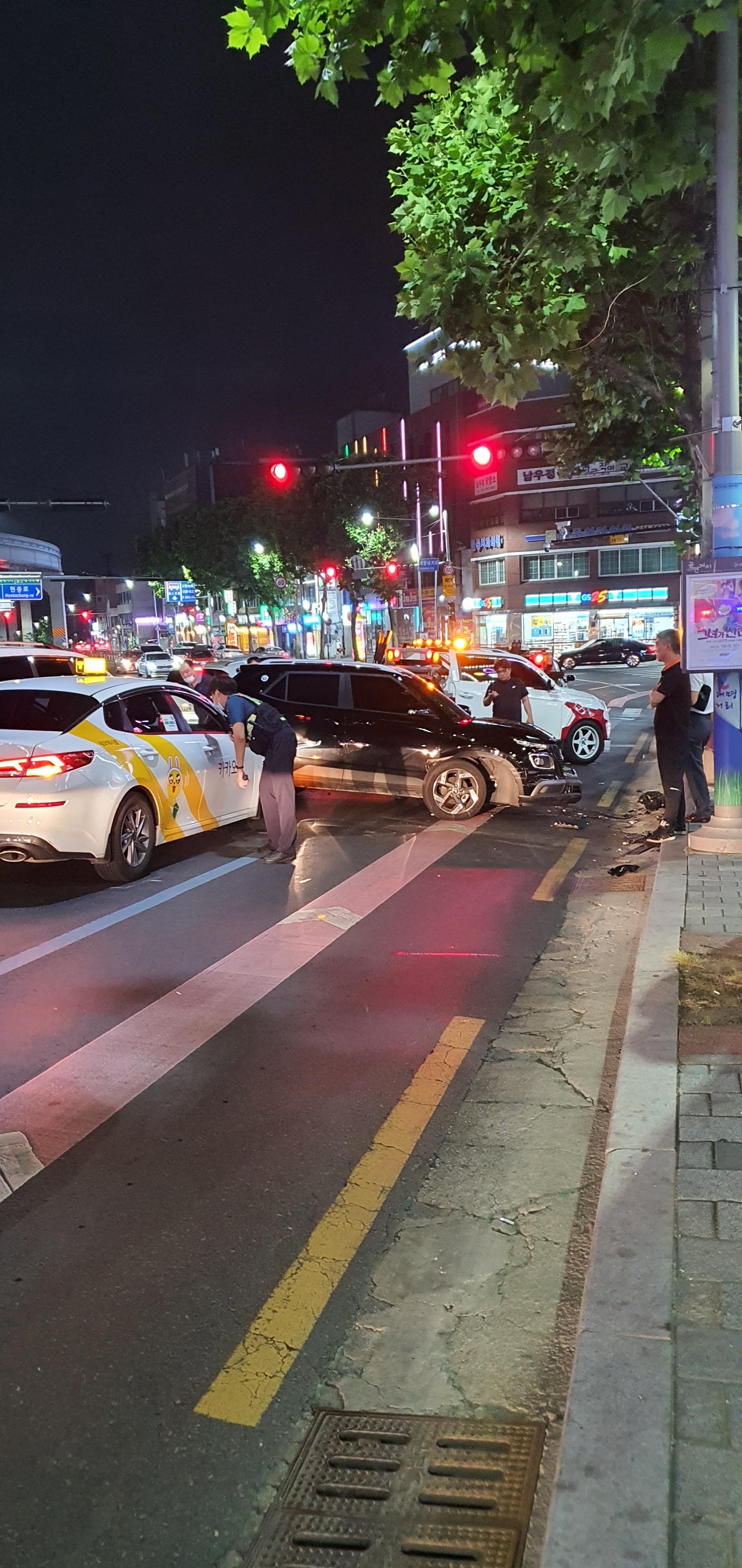 음주 추정사고 운전자 도망